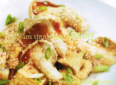 Nấm sò tím đậu hũ sốt tương vừng – 60.000/đĩa